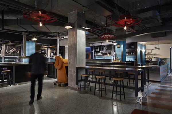 Refuge Small Bar Perth