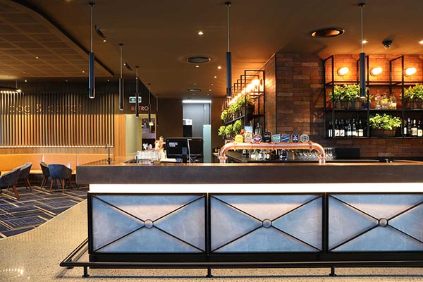 Dog & Parrot Tavern Robina